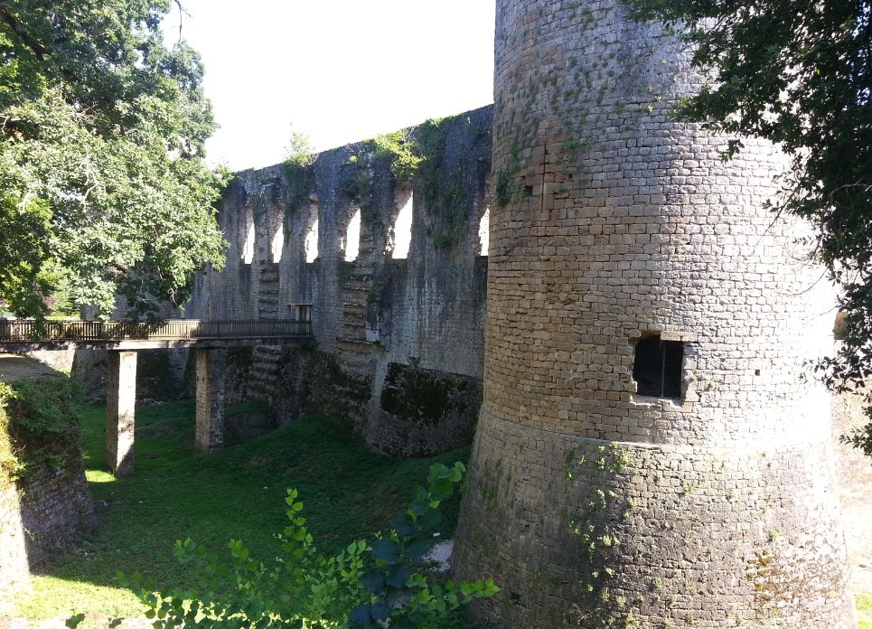 ruines de Gironde