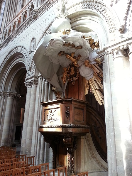chair-cathedrale